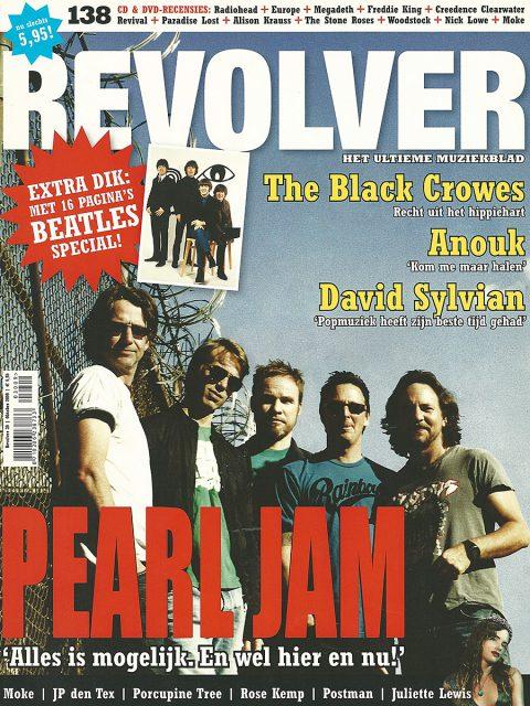 Revolver 30 (NL, October 2009)